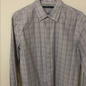 Perry Ellis long sleeve dress shirt.